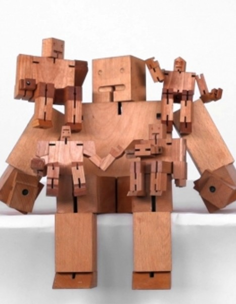Areaware Cubebot Holz