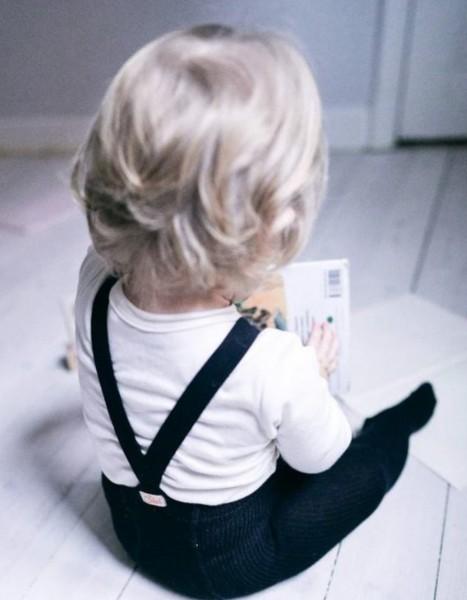 Silly Silas Strumpfhose mit Trägern und Füßen Black